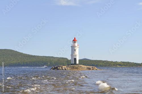 Foto op Aluminium Vuurtoren Vladivostok, Tokarevskaya lighthouse