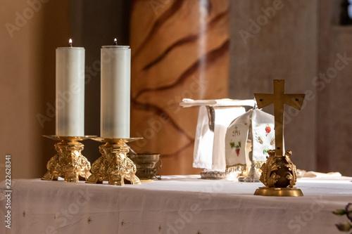 Church altar with candles Tapéta, Fotótapéta