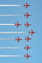 Wings And Wheels 2018, Red Arrows Formation