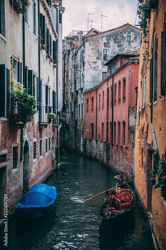 Foto op Plexiglas Venetie venice small canal