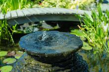 Bubbling Decorative Fountain I...
