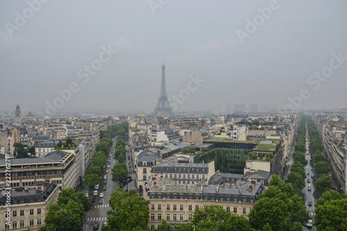 Papiers peints Paris Eiffel tower in Paris.