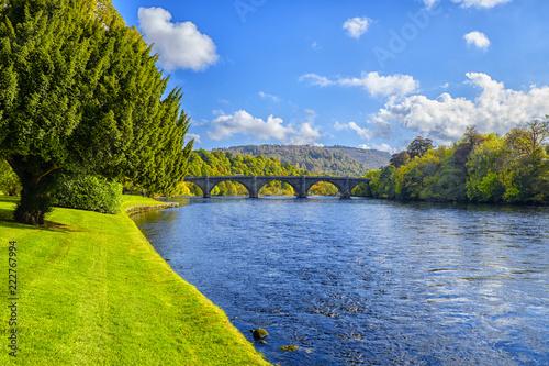Foto auf Gartenposter Fluss River Tay at Dunkeld