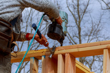 Framing Building Contractor Fr...