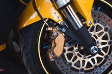 Closeup Enduro Metal Shiny Ste...