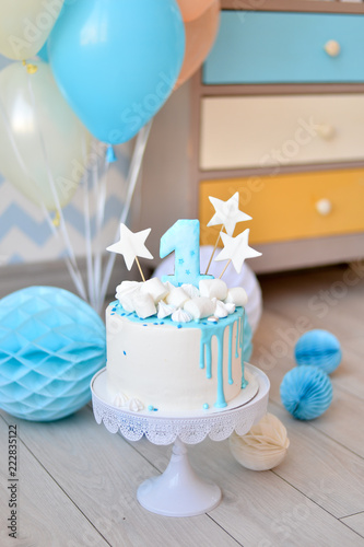 Turquoise And White Birthday Decorations  from as2.ftcdn.net
