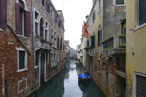Fotografie, Obraz  View of canal in Venice on the bridge.