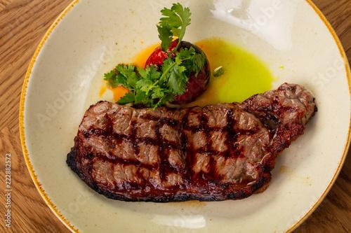 Fototapety, obrazy: Grilled beef steak