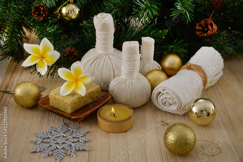 Deurstickers Spa Christmas spa with Composition of spa treatment and wooden background