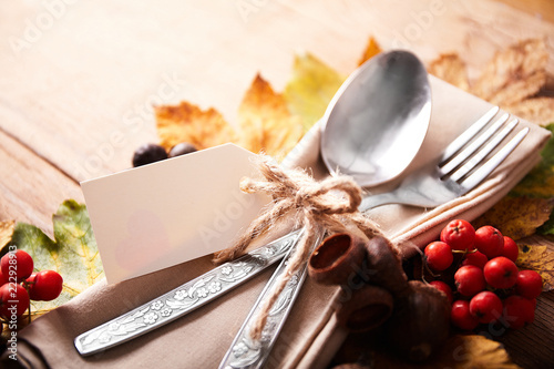 Foto  Thanksgiving autumn place setting