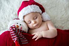 Little Sleeping Newborn Baby B...