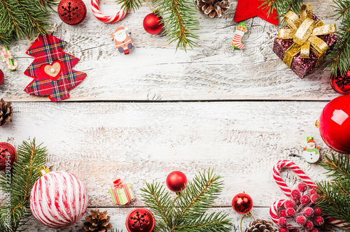 Foto op Plexiglas Tulp Christmas composition with fir tree