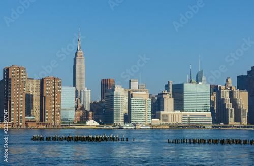 Fotografía  Manhattan Midtown skyline panorama in a sunny day. New York