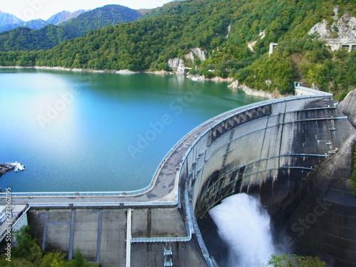Deurstickers Dam Kurobe dam in Japan