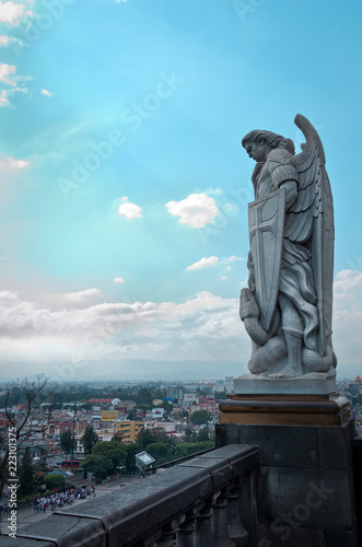 Canvas Print Statue of the Archangel Michael near the Basilica of Guadalupe i