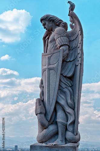 Statue of the Archangel Michael near the Basilica of Guadalupe i Fotobehang