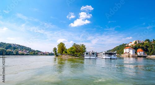 Fotografia Zusammenfluss von Donau und Inn Passau