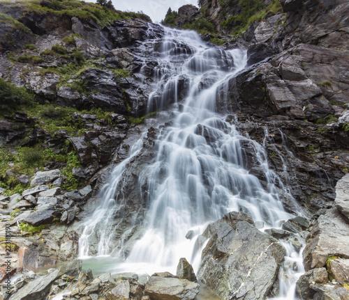 Poster Watervallen Romania Karpaty waterfall on the Transfogaraska route
