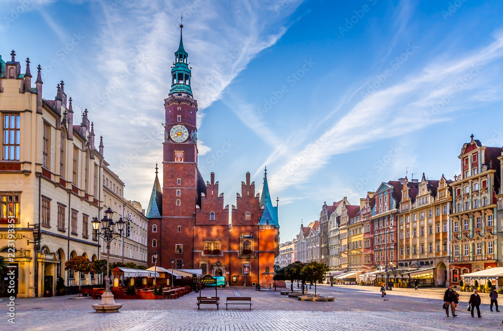 Fototapety, obrazy: Market Square with Town Hall in Wroclaw, Poland early in the morning. Colorful cities concept.