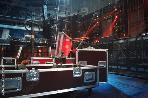 Fotografia Preparing the stage for a concert