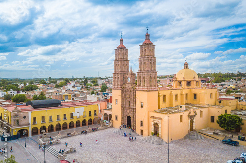Beautiful aerial view of the main Church of Dolores Hidalgo in Guanajuato, Mexic Fototapeta