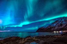 Northern Lights, Vareid, Flakstad, Lofoten, Nordland, Norway