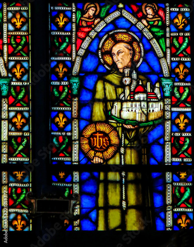 In de dag Stained Catholic Saint - Stained Glass in Santa Croce, Italy