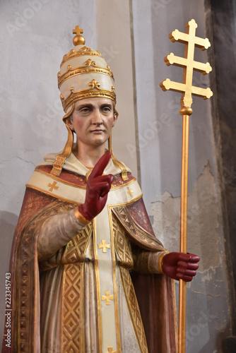 Foto op Canvas Historisch mon. Statue d'évêque à l'église de l'Annonciation à Corte, Corse