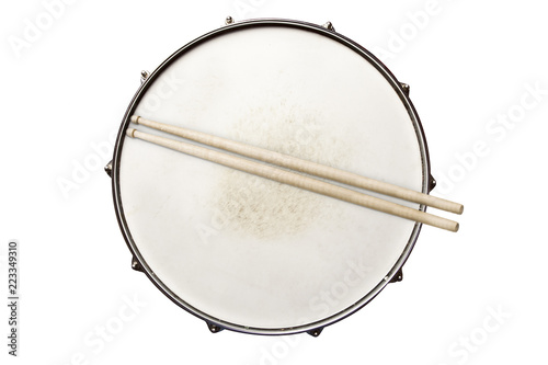 Snare drum with drumsticks top view isolated on white Fototapete