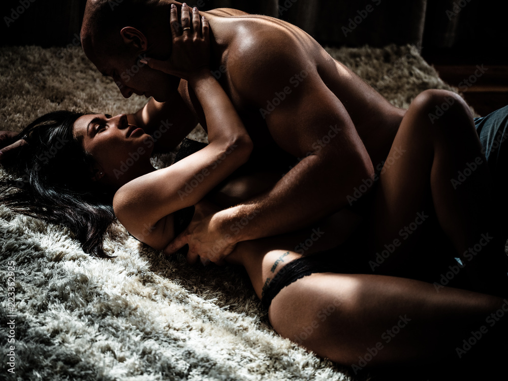 Fototapety, obrazy: Young beautiful couple makes love at home