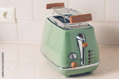 Papiers peints Retro Toaster in vintage style closeup