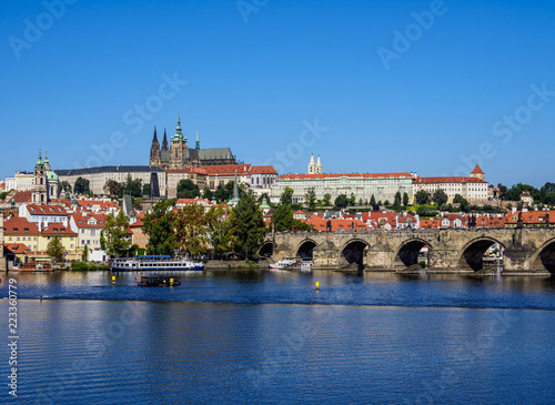 Photo  View over Vltava River and Charles Bridge towards Castle with Cathedral, Prague,
