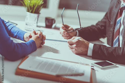 Fototapety, obrazy: Business negotiation between businesswoman and businessman