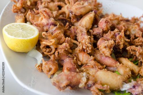 chipirones deep fried little squids