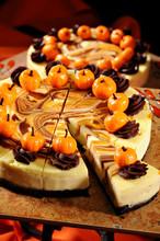 Pumpkin Cheesecake With Plasti...