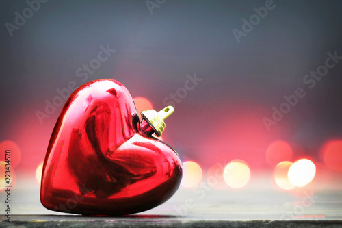 Fotografía  Christmas card with Christmas heart ornament