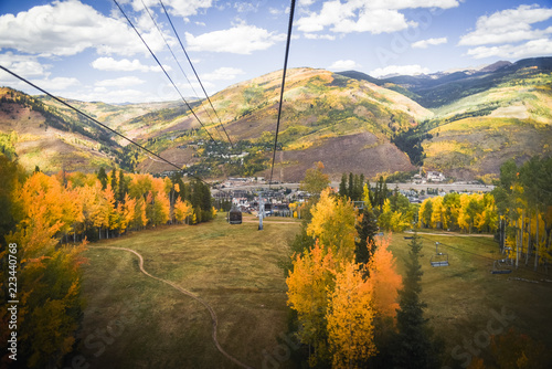 Spoed Foto op Canvas Wit Autumn, landscape views of Vail, Colorado from a gondola.