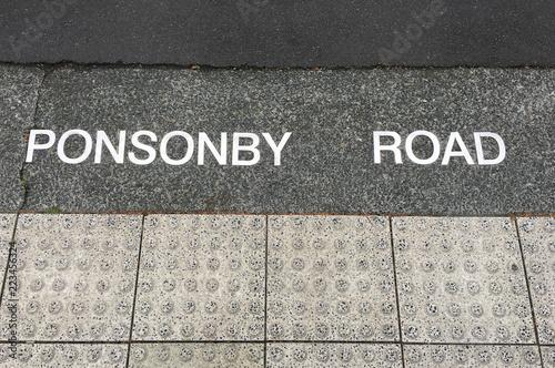 Tuinposter Oceanië Ponsonby road in auckland, New Zealand