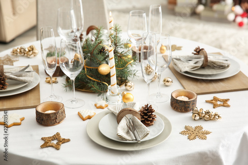 Fotomural Beautiful table setting for Christmas dinner
