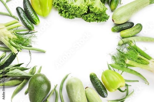 Keuken foto achterwand Groenten Frame made of various fresh vegetables on white background