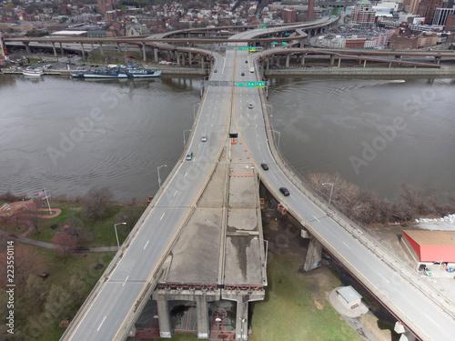 Valokuvatapetti Albany, NY Over the Hudson River