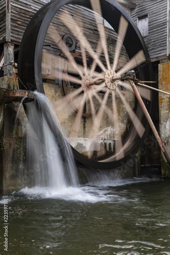 Fotografie, Obraz  Grist Mill Water Wheel