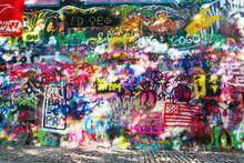 Famous John Lennon Wall Covere...