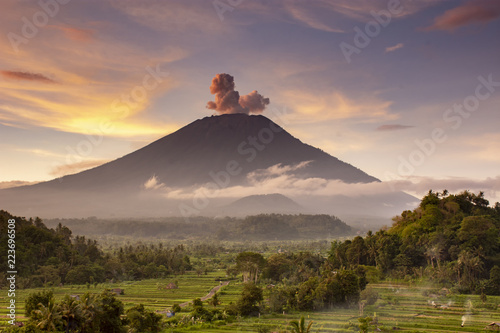 Photo Stands Bali Mount Agung explosion sunset