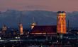 canvas print picture - München bei Fön mit Blick in die bayerischen Alpen