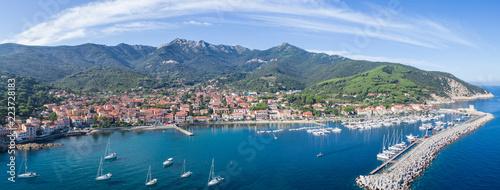 Montage in der Fensternische Himmelblau Elba Island, panoramic view of Marciana Marina. Aerial view