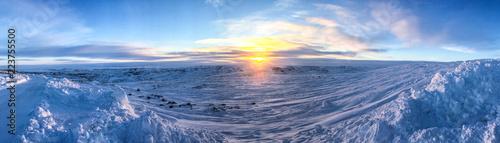 Obraz na plátne Arctic Sunset in Iqaluit, Nunavut