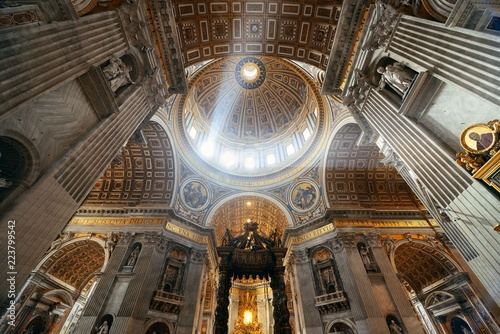 Photo St. Peter's Basilica interior