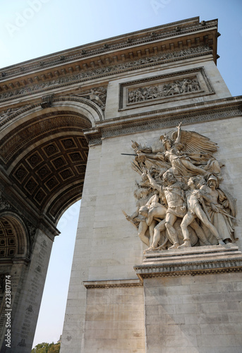 Fotografering  French Triumphal arch with the sculpture called Le Depart de 179