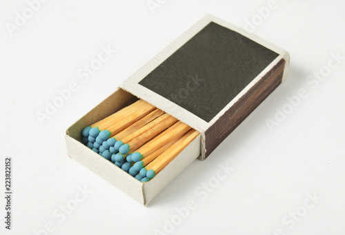 Foto  box of matches isolated on white background.